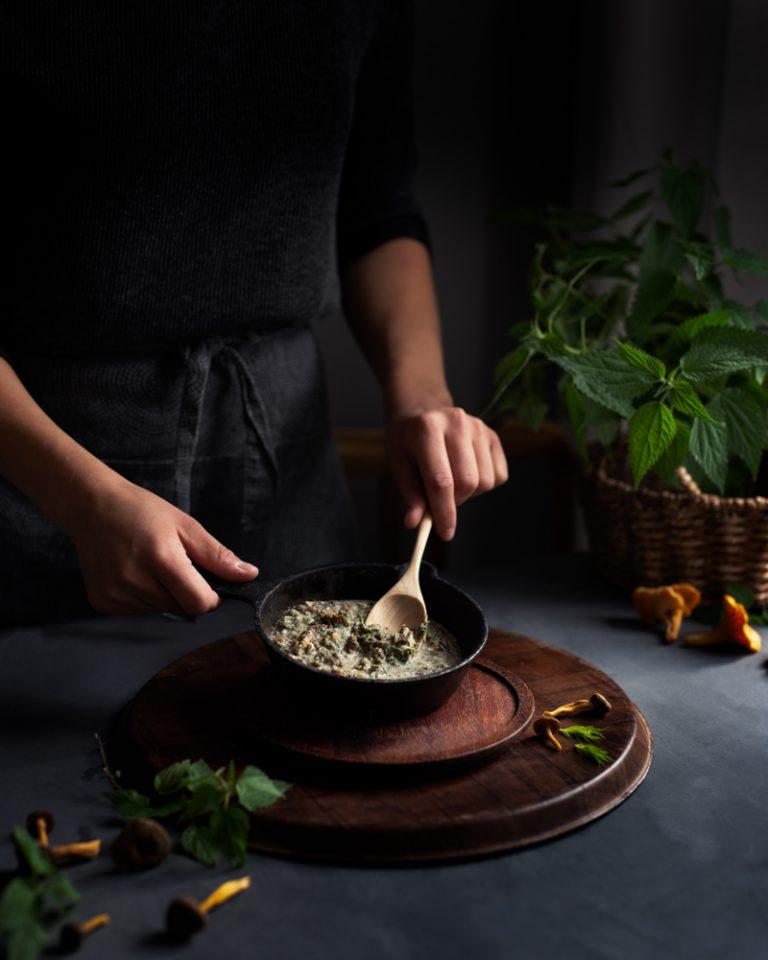 Wild Mushroom Saucen valmistaminen